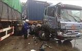 Hòa Bình: Tai nạn xe liên hoàn, 6 người thương vong