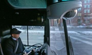 Lắp camera trên xe khách: Lợi đủ đường