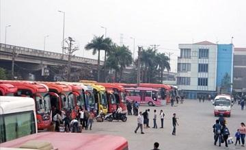 Hà Nội: Thu hồi phù hiệu nhiều xe khách